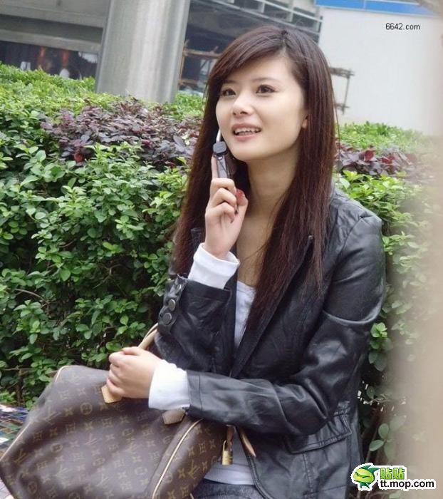 重庆街头美女藏于名山论坛